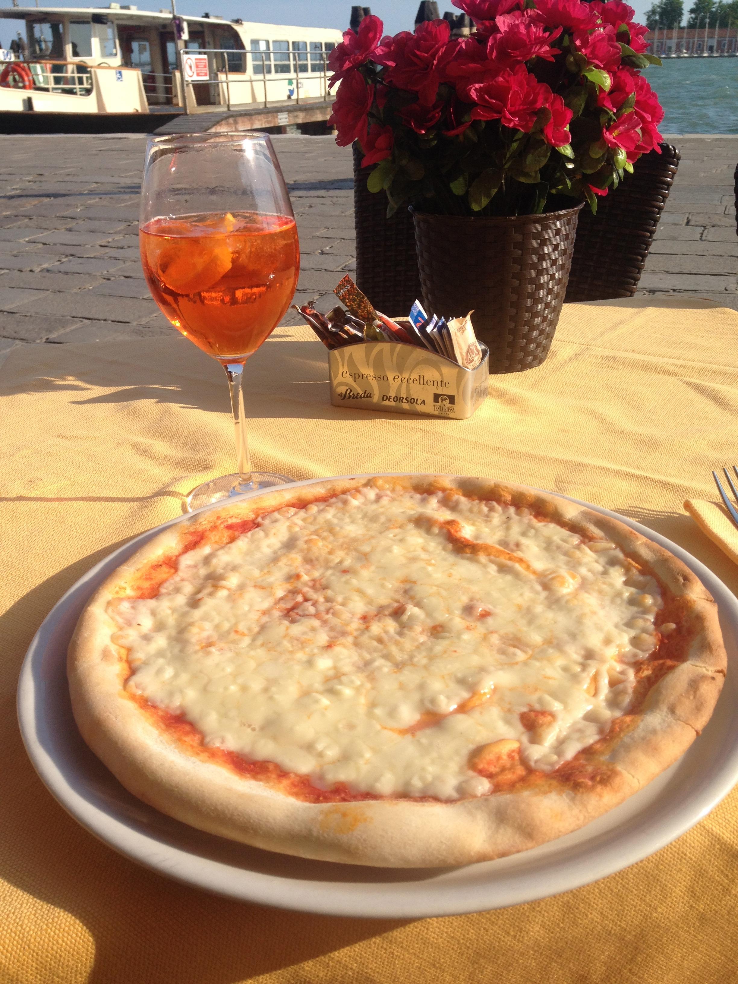 pizza-venice-italy-travel
